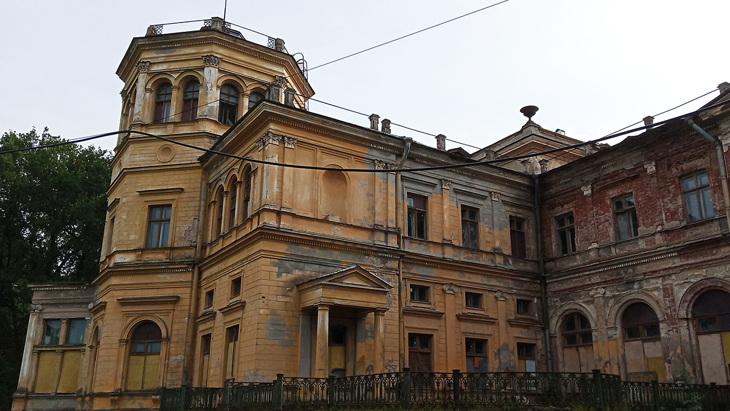 Михайловская дача в Стрельне Санкт-Петербург.